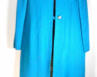 VTG Vintage, Ladies, 2 Button, 3/4 Length Coat in Electric Teal Blue Blend with Peter Pan Collar