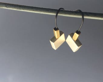 Pyramid Earrings / Copper and silver beads / Handmade black-matte wire