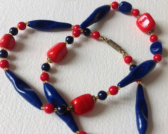 Vintage blue and red glass necklace 70s