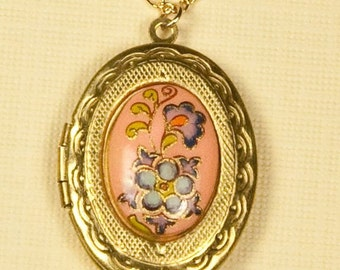 Vintage Peach Floral Locket Necklace