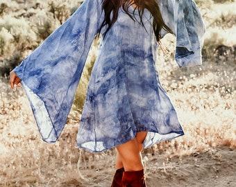 Bell Sleeved Draped Blue Space Dye Rayon Draped Hippie Boho Tunic Mini Dress Saldana Vintage