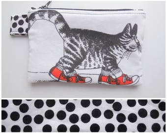 Cat Wallet, Zipper Pouch, Handmade with B Kliban Fabric, Coin Purse, Small Change Bag, 70s Vintage Cotton, Zipper Closure, Zip Kilban Cat