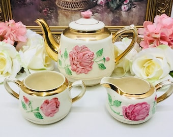 Elgreaves teapot with cream and sugar