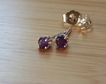 Amethyst earrings 3mm