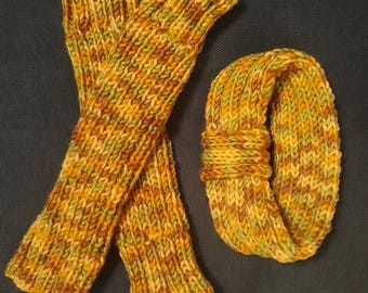 Knitted arm warmers and matching headband