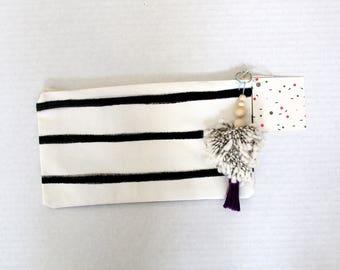 Black stripe Clutch
