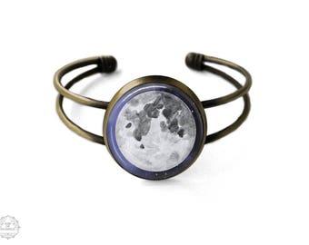 Moon Cuff Bracelet | Moon Bracelet Moon Jewelry Full Moon Bangle Space Jewelry Astronomy Jewelry Galaxy Jewelry Space Grunge Science