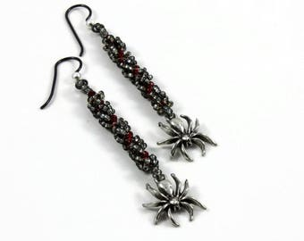 Spider Earrings - Halloween Jewelry - Seed Bead Dangle Earrings - Black and Red Earrings - Gothic Jewelry - Beaded Jewelry