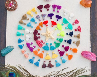 Mini Jewelry Tassels, 3/4  inch, 10pcs+,  Bracelet Tassels, Cotton Tassels,  Mixed colors -TA27