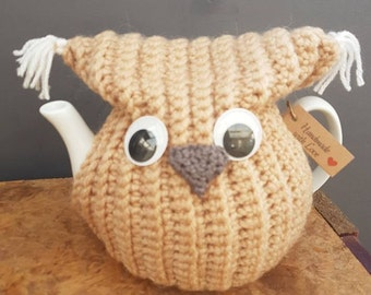 Cute Crochet Owl Tea Cosy, including Tea pot.