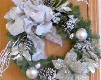 Platinum Wreath - Christmas Decorations - Poinsettia Wreaths - Holiday Door Decor - Poinsettia wreath - Holiday wreaths