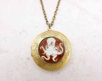 Octopus Necklace, Octopus locket, steampunk necklace, steampunk jewelry,  2020m