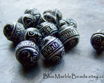Etched Bead-Carved Bead-Oval Bead-Ethnic Bead-Ornate Bead-Washed-Black Bead-White Beads-Vintage Lucite Beads-Vintage Beads-12 Beads