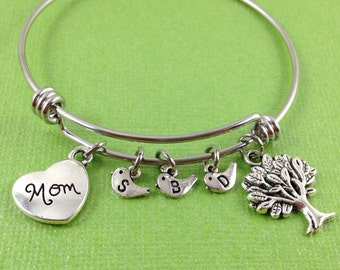 Mom Charm Bracelet, Mother's Charm Bracelet, Personalized Mom Charm Bracelet, Mom Bangle, Tree Charm, Heart Charm