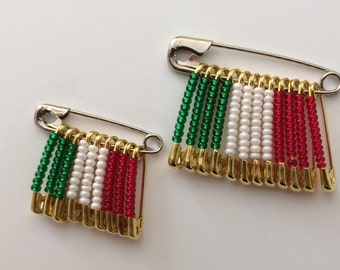 Italian Beaded Flag Pins /Handmade/ Birthday Gift/ Lapel Pin/ Flag Pins/ Italy Flag Pins/Gift for Her/Gift for Him