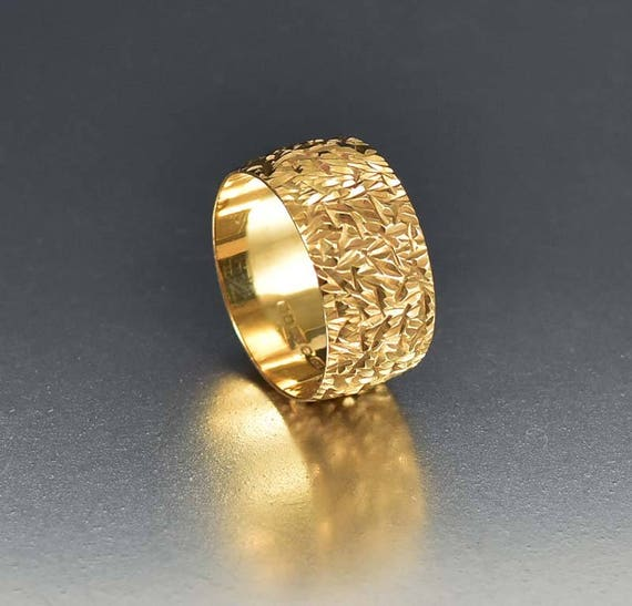 Vintage Gold Wedding Ring Eternity Band Ring Engraved Gold