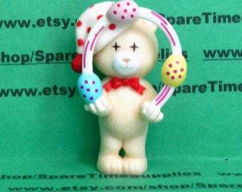 "Juggling Bear - cream - 2 1/4"" - 1 pc - Fibre Craft - #6223"