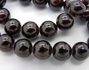6 10 mm Burgundy Garnet natural gemstones round 2 mm hole