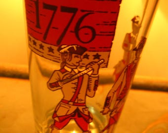 Vintage 1776 - 1976 Set of four Celebration Glasses/ Collector's Glasses/ Tom Collins Glasses/ Americana Drinkware/ Patriotic Collectible