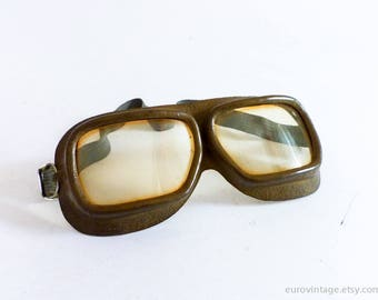 Vintage Leather Goggles / Pilot Aviator Motorcycle Goggles / Plastic Yellow Lens