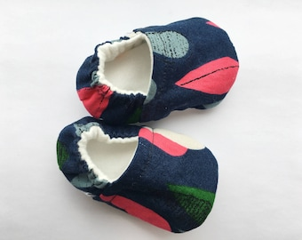 Blue Leaves Baby Booties, Baby Shoes, Baby Slippers, Baby Booties, Baby Moccs, Soft Sole, Baby Gift, Baby Booty