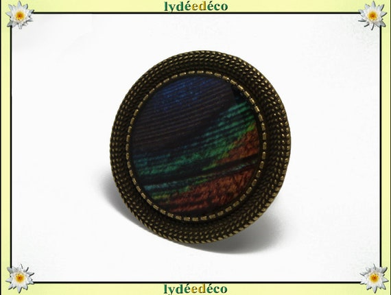 Round ring retro vintage Brown green blue Peacock feather in resin and brass bronze adjustable 20mm diameter