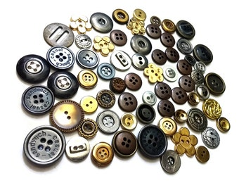 Lot of metallic vintage sewing buttons