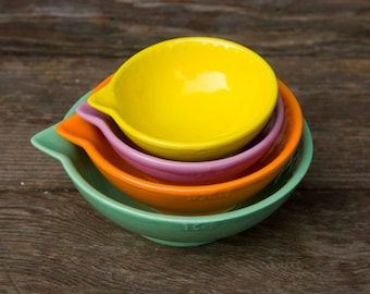 Measuring cups, Light green, Orange, lavender, yellow - Dark to light - ready to ship - hand painted