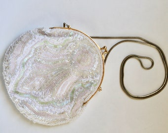 Vintage White Clasp Handbag/Purse with Iridescent Beading