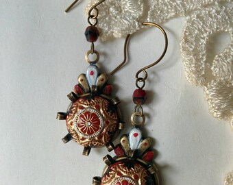 Red white earrings, Red Queen earrings, Hand Painted earrings, Boho earring, Dangle Earrings, Alice in the wonderland jewelry, Vintage glass