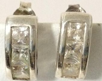 Channel Curve 3 Crystal 925 Sterling Silver Pierced Post Earrings gw15-638