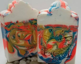Plumeria Wonder | Homemade Soap | Cold Process Soap| Luxury Soap| Artisan Soap | Bath and Body Soap | Bubble Beauty Soaps