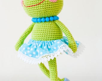 Sara, The Frog - Amigurumi PDF Pattern