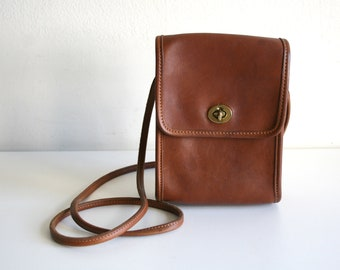 Coach British Tan Leather Purse