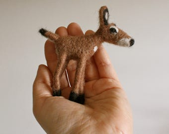 Needle Felted Deer Ornament // Woodland Theme // Wool