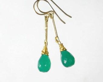 Emerald Green Earring Green Drop Earring Green Onyx Earring Gold Bar Earring Gemstone Wire Wrapped