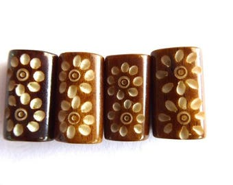 4 beads bone honey color with flower 20 x 11 ~ 12 x 6 ~ 9 mm hole: 2 mm