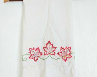 Vintage Embroidered Pillow Case / Red Flowers / Shabby Decor / Farmhouse Decor / Vintage Pillowcase