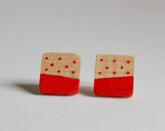 Red square wooden earrings