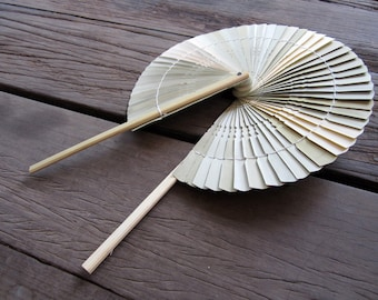 Woven Bamboo Hand Held Folding Fan Natural Color Pain Unique Classic Style Wedding Decor Summer Gift