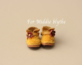 Middie blythe Bunny Shoe Leather mix fabric wool Color Yellow