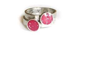 Pink/silver flake itty bitty circle ring • gold ring, stacking ring, dainty ring, antiqued gold ring, hammered ring
