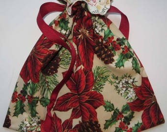 Poinsettia Holiday Lined Drawstring Fabric Gift Bag