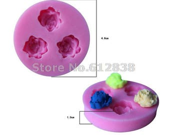 silicone mold of 3 pink flowers 3D polymer clay
