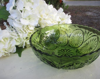 Avocado Green Glass Bowl, Anchor Hocking Star and Cameo Pattern, Serving Bowl, 1960's