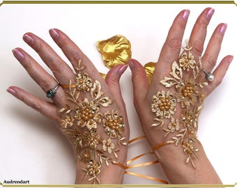 Yellow Gold Lace Pearls Wedding gloves Fingerless Gloves Lace Gloves Bridal Gloves Evening Gloves Beaded Gloves  Party Gloves Formal Gloves
