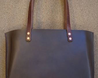 Classic Leather Tote - Olive