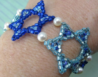 STAR of DAVID cuff, blue sky jewish bracelet, beadwoven judaica, jewish beaded bracelet, button clasp