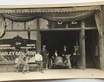 Antique HARLEY DAVIDSON Photo from Early 1900's STOREFRONT Dealership