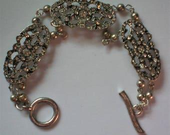 Victorian Design Link Bracelet - 5399